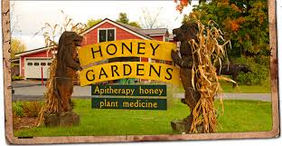 honey-gardens-logo-street-sign.jpg
